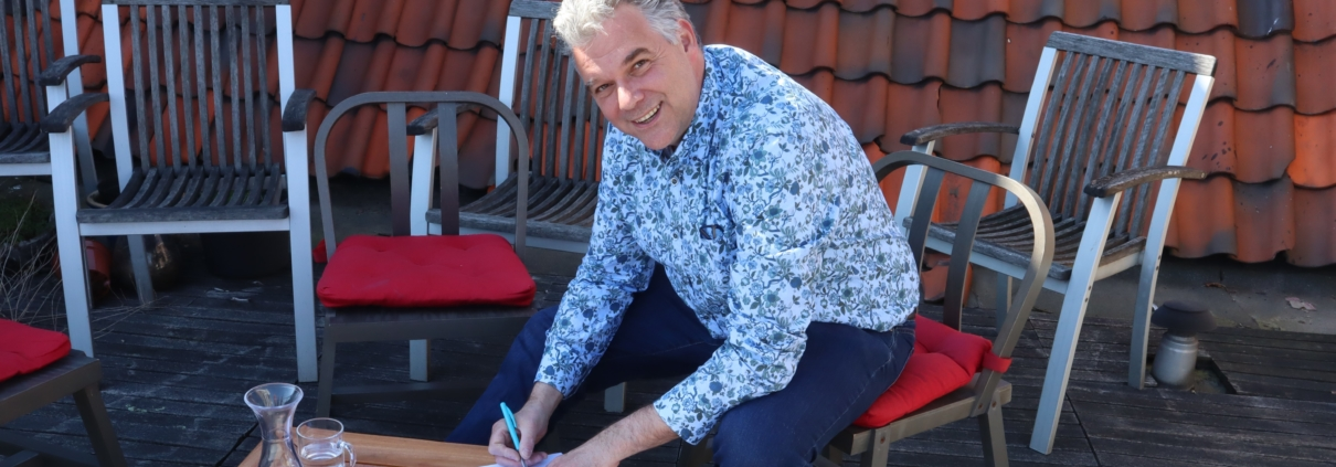 Michel van Leeuwen iamIT